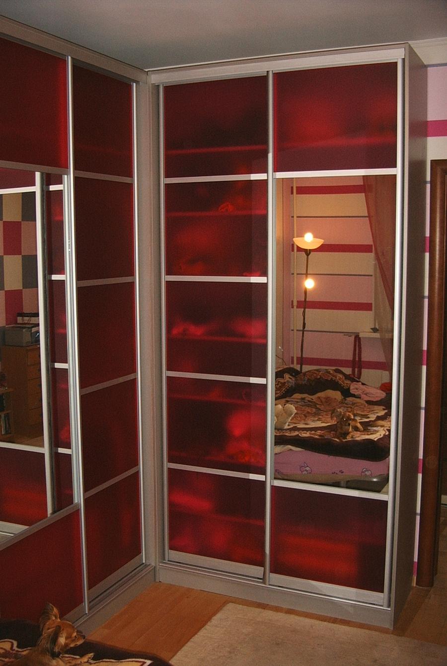 Акриловое стекло (акриловый пластик, оргстекло) в шкафах куп.